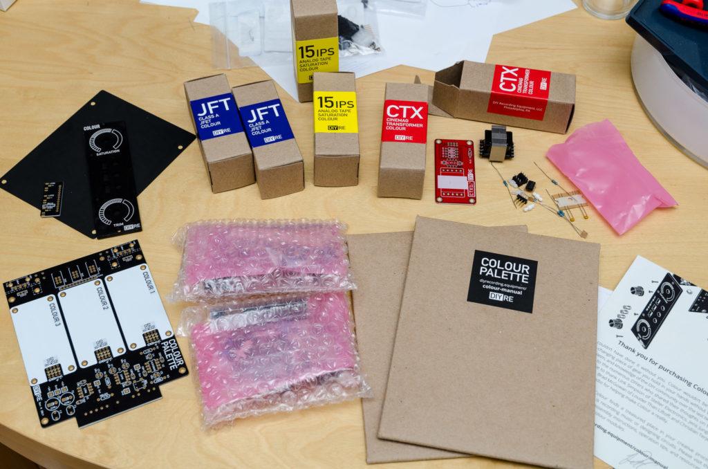 Bauteile des DIY Recording Equipment Colour